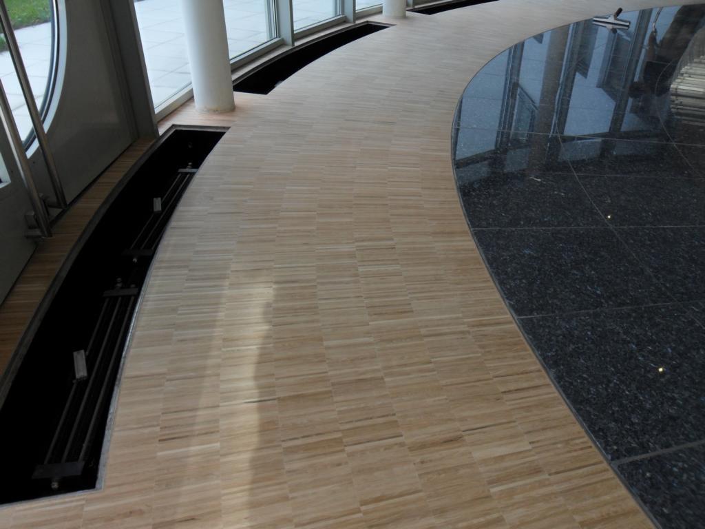 kantine vodafone m nchen 100 m industrieparkett in rundung verlegt fussbodentechnik rosenheim. Black Bedroom Furniture Sets. Home Design Ideas