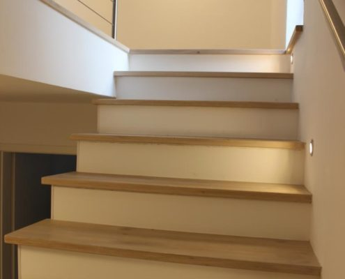 Holzbelag auf Treppe