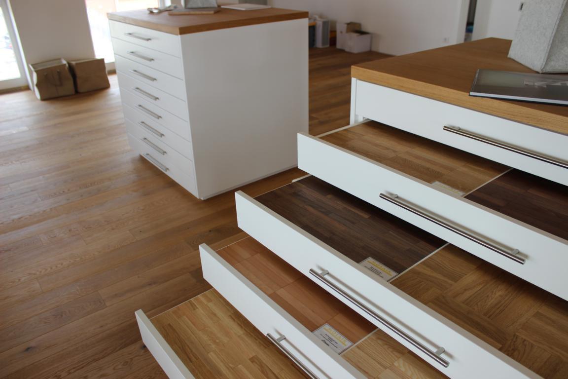 was kostet ein parkett meisterbetrieb fussbodentechnik. Black Bedroom Furniture Sets. Home Design Ideas